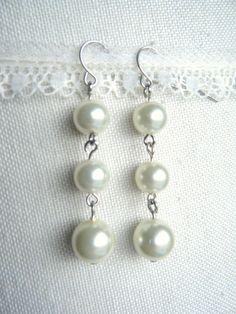 Miss Lovie: 10 Minute Pearl Earrings Tutorial