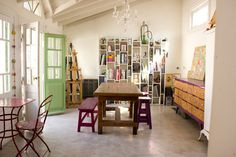 studio. Maica, Máximo, León and Milo's home / Buenos Aires