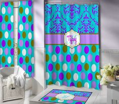 Just a gorgeous Shower Curtain, very cool with an elegance about it.