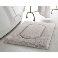 Update Your Bathroom Décor With The Chevron Egyptian Quality - Quality bath rugs for bathroom decorating ideas