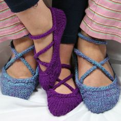 free knitting patterns, yarns and knitting supplies - Gardiner Yarn Works Ballerina Slippers
