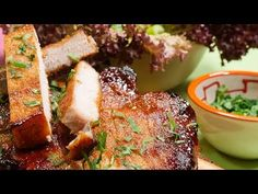 Cotlete de porc la cuptor - YouTube Meatloaf, Cooking Recipes, Beef, Youtube, Pork, Meat, Chef Recipes, Youtubers