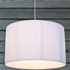 Unique LOUNGE DESIGN H NGELEUCHTE SOBRIETA von XTRADEFACTORY Deckenlampe H ngelampe Kronleuchter weiss Amazon de Beleuchtung