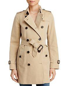 Burberry Heritage Kensington Mid-Length Trench Coat