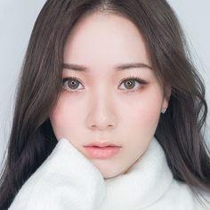 Korean Make Up Looks I Pin By Aki Warinda #Akiwarinda #Dazii