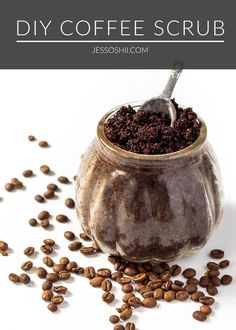 DIY coffee coconut oil body scrub recipe | Coffee can provide quite an invigorating boost to our mornings – for many of us, the scent alone can perk us up! But before you toss out those leftover coffee grounds after making your morning brew, consider saving them to make a DIY body scrub. It's the perfect way to treat yourself or a loved one for the holidays!