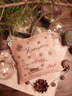 PRIMITIVE ChRisTmaS- Cross Stitch E PATTERN- Pdf - Harvesting Snowflakes PILLOW - The Blue Attic