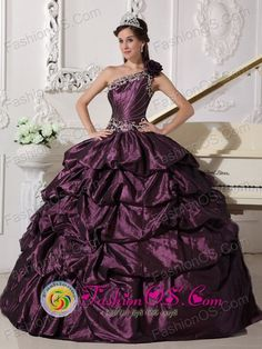 Customize One Shoulder Neckline Dark Purple Quinceanera Dress With Appliques and Pick-ups Decorate in   San Miguelito Nicaragua  Style QDZY745FOR