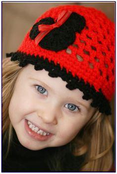 Crochet Hat Pattern Minnie Mouse hat for Julie