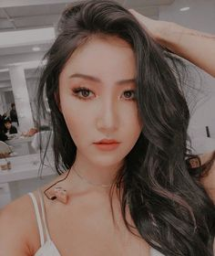 Read from the story 🎠~hwasagram~🎠 by FLOWERSUN-HWASA (Chungha 🎵🌙) with 84 reads. Kpop Girl Groups, Korean Girl Groups, Kpop Girls, Kpop Aesthetic, Aesthetic Girl, Divas, Wheein Mamamoo, Solar Mamamoo, Airport Style