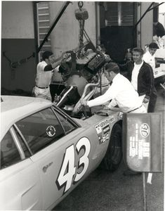 Petty Engine Change 1970