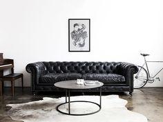 Sofá de Couro Preto