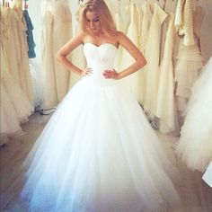 2017 Custom Made Charming White Wedding Dress,Cute Sweetheart Bridal Dress,Tulle Wedding Dress
