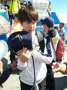 Jimin Updates (@jiminupdates) | Twitter Jin in Sulawesi for Law of the Jungle