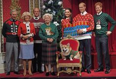 La Royal Family inglese (di cera) e i terribili maglioni natalizi