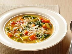 Minestrone with thermomix Thermomix Soup, Healthy Soup Recipes, Vegetable Recipes, Vegetarian Recipes, Healthy Beans, Italian Soup, Italian Recipes, Slow Cooker Black Beans, Soups