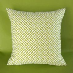 Learn how to make a pillow with this step-by-step tutorial, which includes pictures and video.