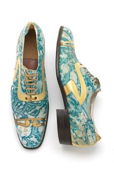 Marbled and gilded leather mens shoes, 1925.