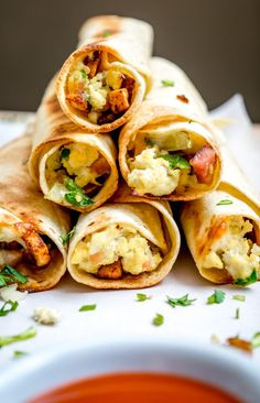 These freeze well and can be plopped in the oven for a quick and easy meal | mexicanplease.com