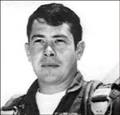 Virtual Vietnam Veterans Wall of Faces | ROBERT A BRETT JR | AIR FORCE