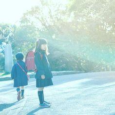 【seiko_awako】さんのInstagramをピンしています。 《#Nikon #NlKKOR #photo #portrait #pic #igersJP #ig_japan#igersjp_fb#Japanese#instagram#photography#igportrait#actress#RECO_ig #tokyocameraclub #art_of_jpan#rain#japan_camera#ポートレート #ニッコール#ポートレイト #ファインダー越シノ世界 #ファインダー越しの私の世界#子供#女の子#人物写真#東京カメラ部#赤#ランドセル#森》