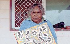 Aboriginal artist Bessie Nakamarra Sims- please read this article. Picnic Blanket, Outdoor Blanket, Native Australians, Aboriginal Artists, I Fall In Love, Culture, Painting, Sims, Classroom