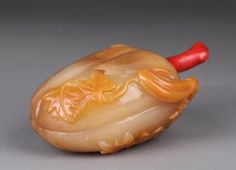 19th C. Chinese Agate Snuff Bottle