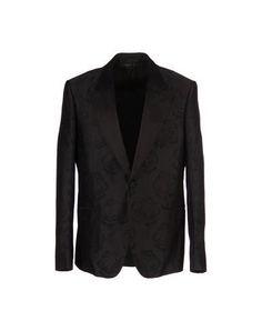ALEXANDER MCQUEEN Blazer. #alexandermcqueen #cloth #top #pant #coat #jacket #short #beachwear