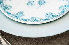 Bildesamling   Dekk Mitt Bord! Vintage mix servise #borddekking #bryllup #wedding #table setting