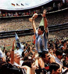 Dimos la vuelta porque Dios es el Diez de la Argentina