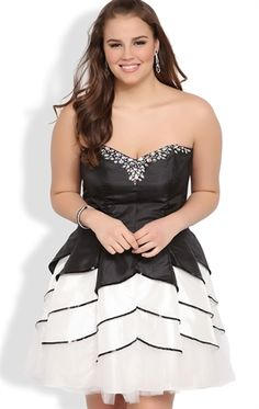 Plus Size Prom Dress with Two-Tone Tulip Circle Skirt