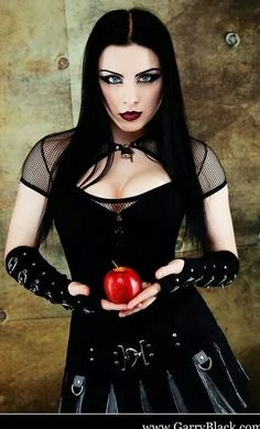 Lovely Gothic girl offering an apple Beauty And Fashion, Dark Fashion, Gothic Fashion, Goth Beauty, Dark Beauty, Dark Gothic, Gothic Art, Tribal Fusion, Cyberpunk