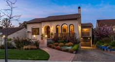 modern style houses with a spanish flair | 1468 Drake Avenue