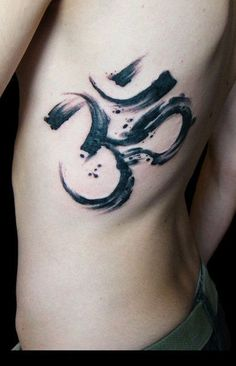 tatuajes con simbolos om