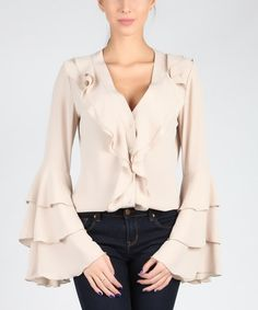 Look at this Carla by Rozarancio Beige Bell-Sleeve Top on today! Outfits 2016, Girl Outfits, Fashion Outfits, Rococo Fashion, Boho Fashion, Estilo Boho, Chic Dress, Elegant Outfit, Fashion 2017