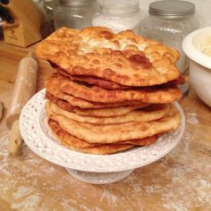 Navajo Fry Bread Recipe -Aka the best bread in the world. Fried Bread Recipe, Bread Recipes, Cooking Recipes, Chalupa Bread Recipe, Pan Fried Bread, Yummy Recipes, Recipies, Healthy Recipes, Kurdish Food