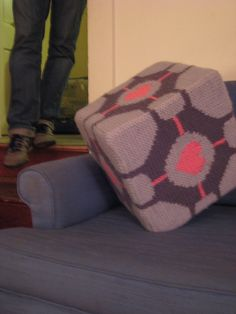 Knitted Companion Cube from Portal by Wren Montgomery #free_pattern