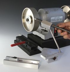 Woodturning Online :: Index - Woodturning Online offers wood turning projects, woodturning plans, articles, and information on wood turning, bowl turning, pen turning, the wood lathe, segmented turning, lathe tools, and more for the woodturner.