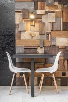 workshop cafe / reclaimed wood wall- use our scraps for an accent wall! Workshop Cafe, Wood Workshop, Workshop Design, Interior Walls, Interior Design, Accent Wall Decor, Reclaimed Wood Wall Art, Wall Wood, Salvaged Wood