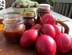 Traditional Tamarillo Chutney recipe from A Day Pear Recipes, Fruit Recipes, Cooking Recipes, Healthy Recipes, Healthy Food, Tomato Jelly, Tomatillo Recipes, Tomato Chutney, Fruit Preserves