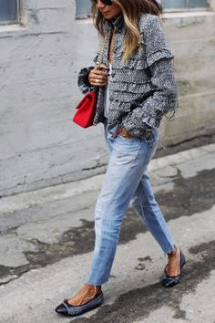 13 Ways to Dress Up Your Favorite Jeans via @PureWow