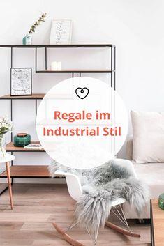 Regale im Industrial Stil sind nicht nur optisch ein Highlight, sondern bieten außerdem besonders viel Stauraum und sind vom Nützlichkeitsfaktor ungeschlagen. Industrial, Throw Pillows, Handmade, Home, Blog, Modular Shelving, Industrial Style, Room Wall Decor, Closet Storage