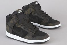 Nike SB Dunk Hi Iguana Camo Skate Shoes b5fc50a9e