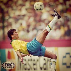 """@foxsportsbrasil's photo: """"Bebeto durante a partida entre Brasil e Camarões na primeira fase da Copa do Mundo de 94."""""""