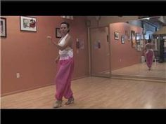 How to Dance the Cumbia