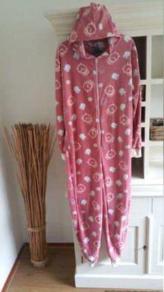volwassen Onesie,Wekker design roze,Jumpsuit, Unisex Onesie, Huispak ,all in ones, one piece,kigurumi,baggies,onesie adult,one size, door OnesieJack op Etsy