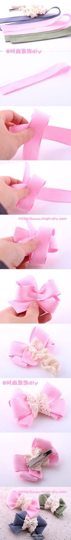 一根长丝带折几道,便做成这样美丽而简约的蝴蝶结,中间配上蕾丝,提亮不少哟~