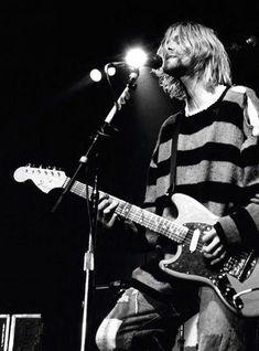 Kurt Cobain of Nirvana Nirvana Kurt Cobain, Music Rock, My Music, Music Jam, Indie Music, Kurt Corbain, Banda Nirvana, Hard Rock, Rock And Roll