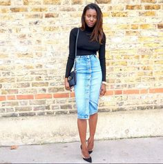 kuiyaskloset in her Miss Selfridge denim midi skirt.