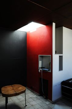 Immeuble Molitor - Le Corbusier's apartment in Paris by FADB, via Flickr